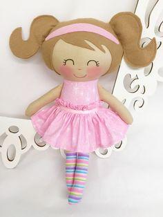 Fabric Doll, Handmade Doll, Cloth Doll, Girl Gift, Handmade baby doll, Homemade doll, Rag doll felt, soft fabric doll