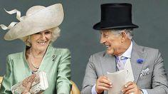 Vor 10 Jahren heiratete Prinz Charles seine Camilla -  Das ist die Krönung! Beim Pferderennen in Ascot 2013 kichern Charles und Camilla wie verliebte Teenies http://www.bild.de/unterhaltung/royals/englisches-koenigshaus/charles-und-camilla-haben-heute-zehnten-hochzeitstag-40466286.bild.html