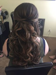 Stunning half up half down wedding hairstyles ideas no 19