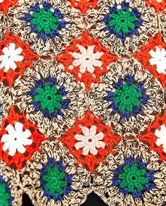 Crochet Waistcoat, Crochet Jumper, Crochet Coat, Crochet Cardigan, Crochet Clothes, Crochet Lace Edging, Crochet Squares, Crochet Granny, Beginner Crochet Tutorial