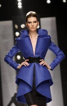 Abaya Fashion, Ethnic Fashion, High Fashion, Womens Fashion, African Attire, Mode Style, Blue Moon, Zuhair Murad, Baron