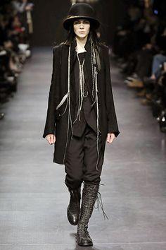 Ann Demeulemeester Fall 2008 Ready-to-Wear Fashion Show - Daiane Conterato