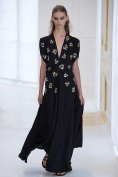 Christian Dior Fall 2016 Couture Fashion Show - Ondria Hardin