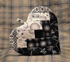 ~ Amish Heart Hotpad ~