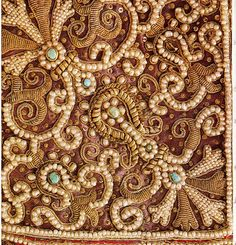 Natural pearls, turquoise cabochons and a lot of gorgeous gold embroidery...No date, sorry!