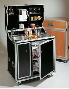 """Obtain fantastic suggestions on """"Outdoor Kitchen Appliances tiny house"""". They are actually readily available for you on our website. Micro Kitchen, Compact Kitchen, Outdoor Kitchen Design, Interior Design Kitchen, Kitchen Designs, Kombi Home, Tiny House Design, Cuisines Design, Tiny Living"""
