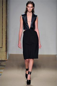 Sfilata Genny Milano - Collezioni Autunno Inverno 2013-14 - Vogue