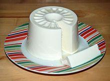 El queso de Burgos es un típico de la provincia de Burgos (España) y uno de los más representativos de Castilla y León. Este queso toma su nombre de la ciudad de Burgos, en Castilla, donde había un mercado semanal.