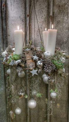 Simple And Popular Christmas Decorations; Christmas Candle Decorations, Advent Candles, Thanksgiving Centerpieces, Christmas Candles, Cozy Christmas, Christmas Holidays, Christmas Wreaths, Christmas Crafts, Xmas