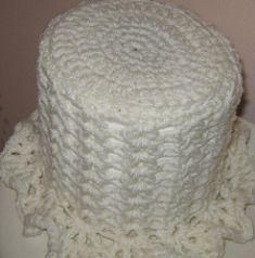 Ravelry: Toilet Paper Cover pattern by Anastacia Zittel Crochet Home, Crochet Gifts, Crochet Dolls, Crochet Borders, Crochet Stitches, Crochet Edgings, Crochet Shawl, Crochet Toilet Roll Cover, Crochet Snowman