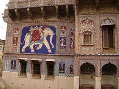 Haveli by fransisinthesky, via Flickr