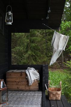 Wood Be Loved in the garden as the simple act of fresh washing on the line drying outside under a wood veranda bring fresh air inside to make a home full of natures positive ions from aVihreä talo Outdoor Spaces, Outdoor Living, Outdoor Decor, Porche, Cottage Farmhouse, Saunas, Scandinavian Home, Cabins In The Woods, Interior Exterior