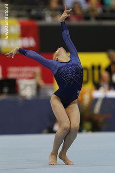 WK 2010 Teamfinale Gymnastics Poses, Sumo, Wrestling, Sports, Lucha Libre, Hs Sports, Sport