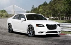 chystler 2014 | 2014 Chrylser 300C SRT8 Front Right 2014 Chrysler 300 Picture
