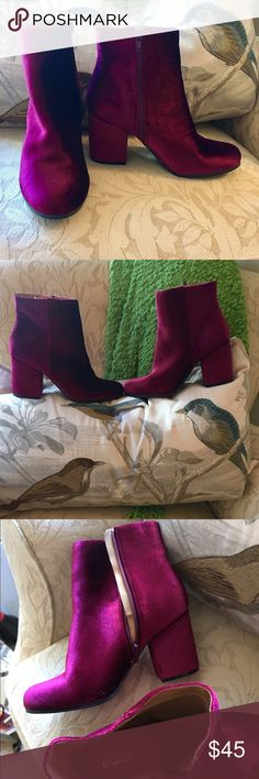 🎀 NEW NWT Stunning VELVET BOOTS BOOTIES 🎀 NEW NWT Elegant VELVET BOOTS BOOTIES  in Rich Bordeaux/Cranberry color by QUPID. New Perfect condition. Love these boots but not my size. Fits wide 8-8.5. Label 8.  Perfect for dates & events.   Discount Bundles.  Make your offer on items or bundles through Offer Button here. Thank you 💐 Qupid Shoes Ankle Boots & Booties
