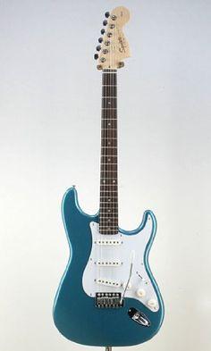 Squier by Fender スクワイア エレキギター FSR Affinity Stratocaster RW Lake Placid Blue Squier by Fender http://www.amazon.co.jp/dp/B008BPGTFG/ref=cm_sw_r_pi_dp_4ba-ub1PPXCV1