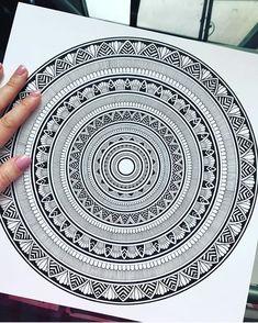 Mandala by like it! Doodle Art Drawing, Mandalas Drawing, Zentangle Drawings, Zentangle Patterns, Art Drawings, Zentangles, Mandala Doodle, Mandala Art Lesson, Mandala Artwork