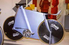1985 Milan Bike Show, Cinelli display