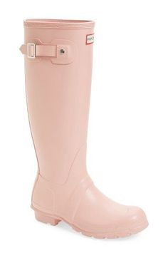 Fall Fashion Outfits for Fall : Picture Description Hunter boots in Pink — Hunter Original Tall Rain Boot Fall Fashion Outfits, Fashion Shoes, Autumn Fashion, Trendy Fashion, Net Fashion, Fashion Ideas, Tall Boots, Knee High Boots, Hunter Original
