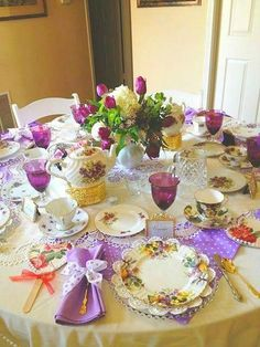 It would be so enjoyable to have afternoon tea at this beautifully set table.