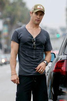 Stud muffin Chris Hemsworth