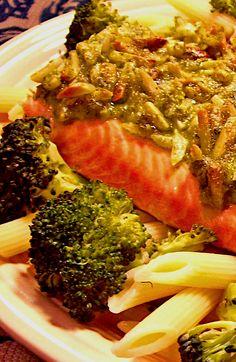 Salmon And Broccoli, Salmon Pasta, Broccoli And Cheese, Low Sodium Recipes, Roasted Salmon, Penne Pasta, Vinaigrette, Cilantro, Almond