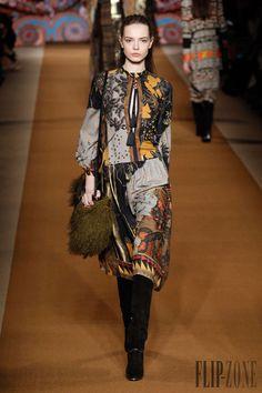 Etro Fall-winter 2014-2015 - Ready-to-Wear - http://www.flip-zone.net/fashion/ready-to-wear/fashion-houses-42/etro-4590 - ©PixelFormula