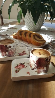 Love Quotes Wallpaper, Cute Desserts, Coffee Latte, Photo Story, Espresso Cups, Oclock, Antalya, Coffee Time, Persian