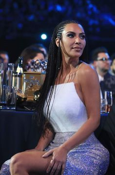 # kim kardashian Braids it works # kim kardashian Braids it works Braids Kim Kardashian, Robert Kardashian, Kardashian Style, Kardashian Jenner, Kourtney Kardashian, Kim Kardhasian, Kylie Jenner, Reality Shows, Kim K Style