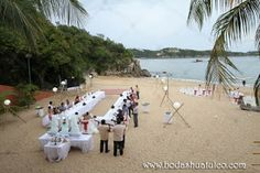 Ambientalización ideal para tu boda en playa por Bodas Huatulco