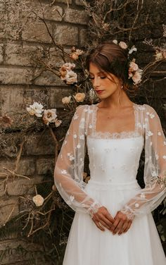 Wedding Goals, Wedding Attire, Boho Wedding, Wedding Planning, Dream Wedding Dresses, Bridal Dresses, Pretty Dresses, Beautiful Dresses, Dress Vestidos