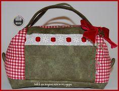 Neceser romantico vichy rojo y verde. Red ginham green romantic toilet bag. pilicose.blogspot.com.es