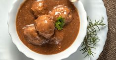 These Meatballs Will Have Everyone Coming Back For Seconds! The Sweet And Sour Sauce Is The Best!