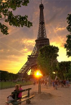 100 Stunning Views Of Eiffel Tower