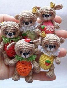 teddy-bear-keychain-crochet-pattern