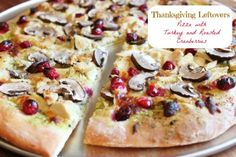 Thanksgiving Leftovers Pizza with Turkey and Roasted Cranberries and Mushrooms via @createdbydiane