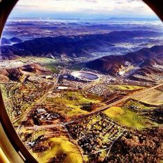 This is Jimmy Johnson's pic coming to Bristol, TN We have the best setting in the world for racing. You can see the drag strip disappear in the mountains. The best drag strip on earth! Nascar Race Tracks, Nascar Racing, Racing Team, Drag Racing, Nascar Sprint, Race Cars, Bristol Motor Speedway, Bristol Race Track