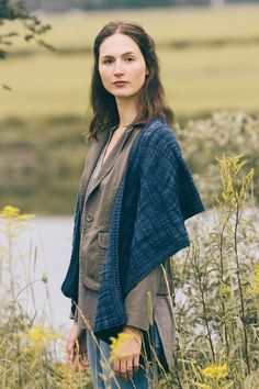 becket wrap by leah b. thibault / from the marsh collection, fall 2017 / in quince & co. phoebe, color neptune