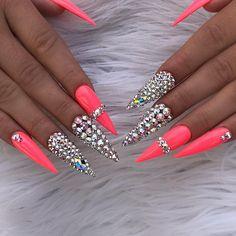 Trendy pink gel nail colors for American girls Dope Nails, Glam Nails, Bling Nails, My Nails, Bling Bling, Pink Gel Nails, Gel Nail Colors, Cute Acrylic Nails, Glitter Nail Art