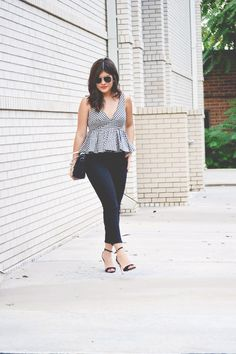 American Eagle black crop jeggings!  Chic Talk | Colombian Fashion Blogger | Fashion Style - Inspiration - Trends - Ideas - Tips - Advice
