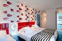 Kisses from the Moderne Saint Germain Hotel in Paris