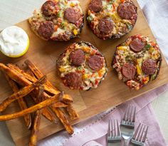 These Pizza Stuffed Portobello Mushrooms are super easy, quick and great fun to make - They're also PERFECT for the low-carb community among us!