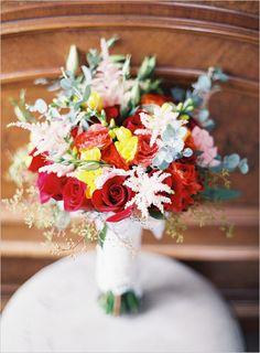 #redbouquet #yellowbouquet @weddingchicks