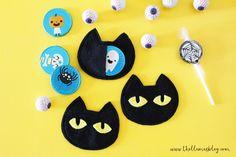 The_llamas_blog_Halloween_cat_treat_bags_1_thellamas Halloween Cat, Halloween Ideas, Cat Treats, Llamas, Treat Bags, Cats, Blog, Goodie Bags, Gatos
