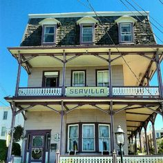Pretty #victorian houses in #capemay #newjersey #jerseyshore #beachtown #sun