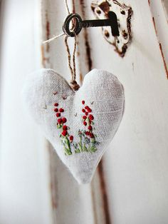 From The Hand Stitched Home by Very Berry Handmade, via Flickr
