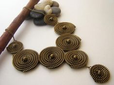 Metal Zipper Necklace Round Shapes Handmade by ChicTime on Etsy Zipper Bracelet, Zipper Jewelry, Collar Redondo, Jewelry Crafts, Handmade Jewelry, Wearable Art, Crochet Necklace, Pendants, Shapes