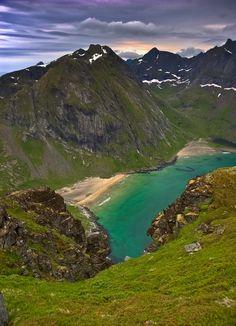 Kvalvika in Flakstad, Lofoten Islands, Norway by steinliland