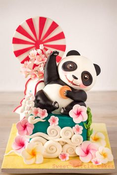 Cake Wrecks Sunday Sweets: 10 of the Cutest Cakes of All Time! Pretty Cakes, Cute Cakes, Beautiful Cakes, Amazing Cakes, Crazy Cakes, Cake Wrecks, Fondant Cakes, Cupcake Cakes, Bolo Panda