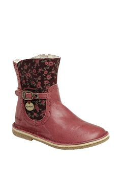 Kickers Kids~ she'd love these Kids Shed, Kickers Shoes, Kids Outfits, Cool Outfits, Little Girl Fashion, Crazy Shoes, Tween, Cute Kids, Chelsea Boots